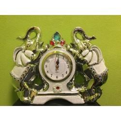 Laikrodis - sidabriniais drambliai